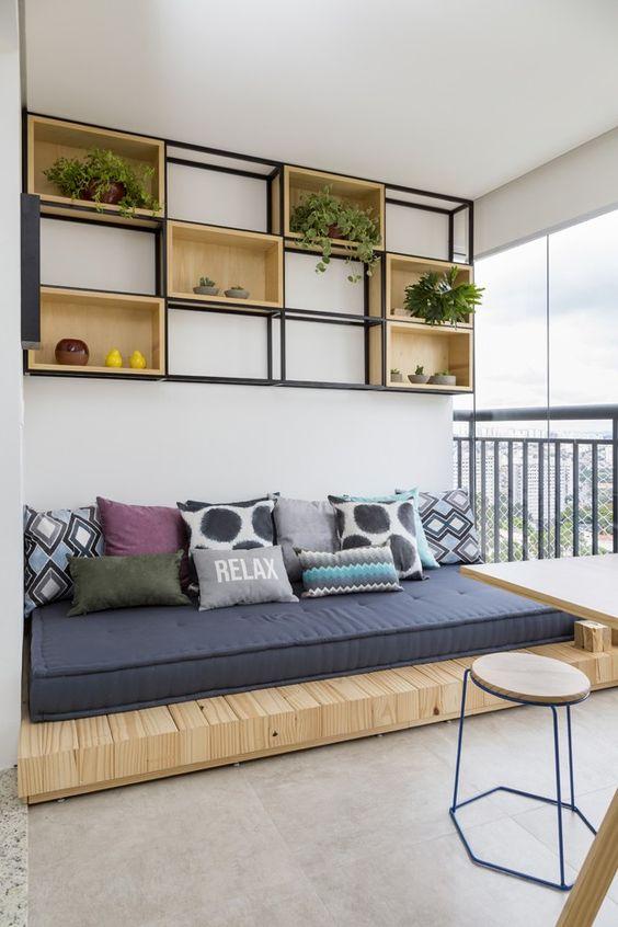 10 pomysłów do siedzenia na balkon